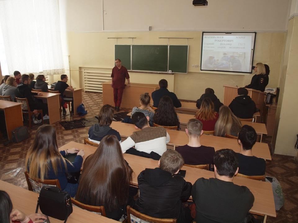 Старший фельдшер ГБУЗ «Станция скорой медицинской помощи» Марат Шагивалеев рассказал о травмах, которые получают в ДТП и приводят к летальным исходам